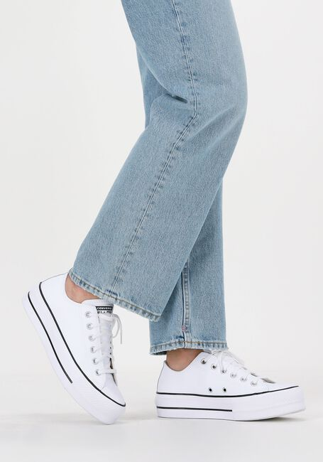 Hvide CONVERSE Lavskaftede sneakers CHUCK TAYLOR AS LIFT CLEAN OX  - large